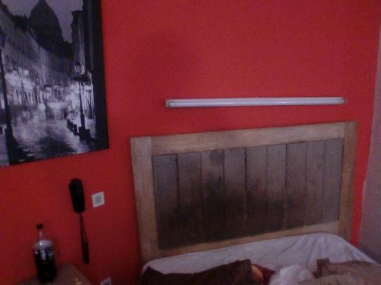 Hotel Le Colmar : La chambre