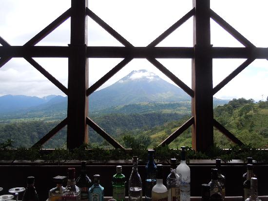 The Springs Resort and Spa: Arenal Volcano from The Springs Bar
