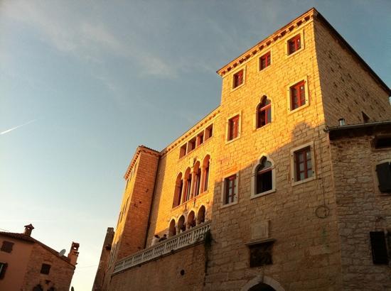 Castle of Soardo-Bembo: il castello di Valle