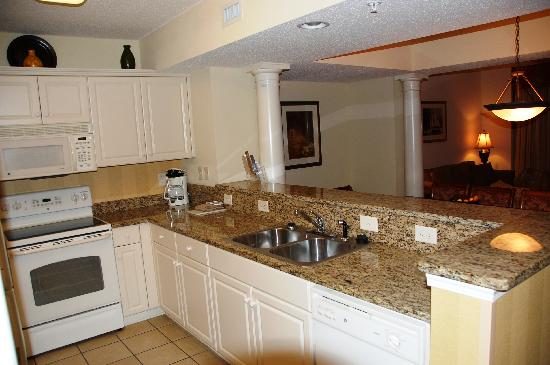 Island Vista: 3 Bedroom 3 Bath Oceanfront Suite Kitchen View