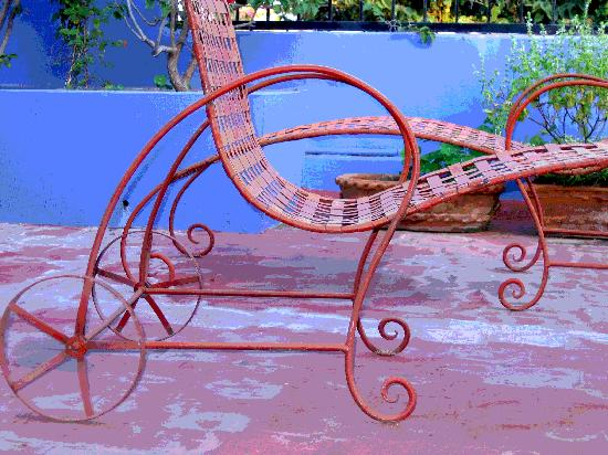 Estrellita's Bed & Breakfast: Lounge chairs
