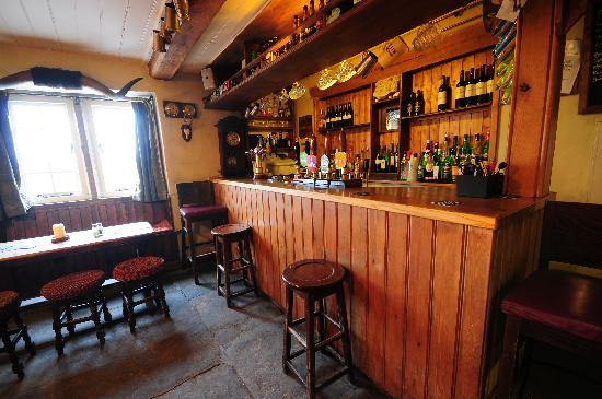Packhorse Inn: The Bar