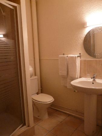 Le Boulevardier : Bathroom