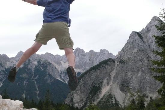 Hotel Mangart: Paul just jumped!