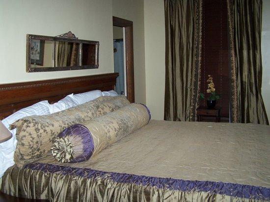 Edwardian Inn : Our Room