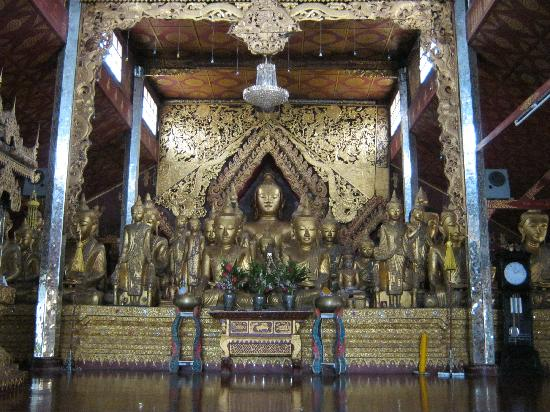 Wat Zom Kham: The main monastery