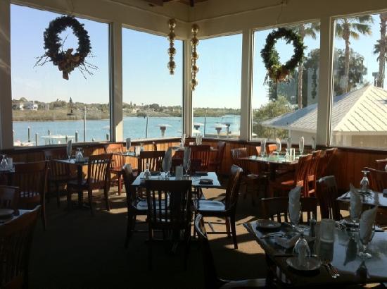 Salt Rock Grill: The Main Dining Room overlooking the intercoastal