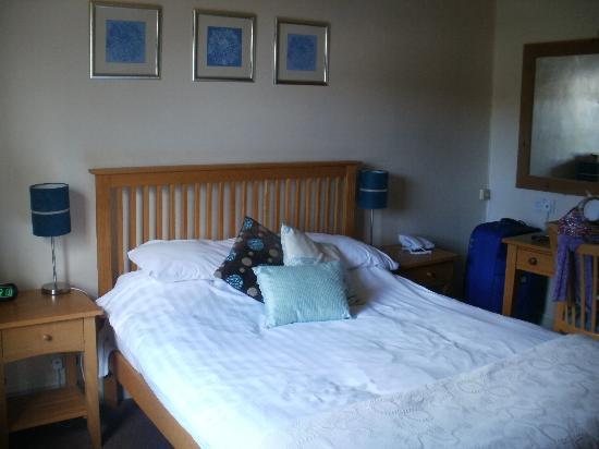 White Horse Inn: our room