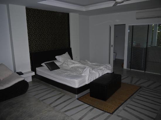 Surintra: Hard bed