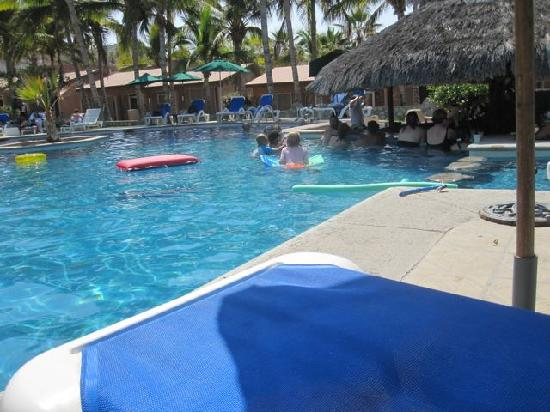 Hotel Buena Vista Beach Resort Pool