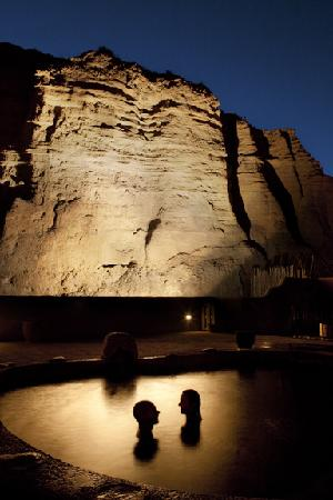 Ojo Caliente Mineral Springs Spa: Cliffside Mineral Pools at night