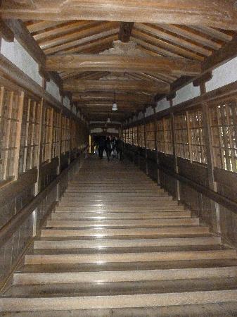 Eiheiji-cho, Japan: 長い階段がいくつもあります