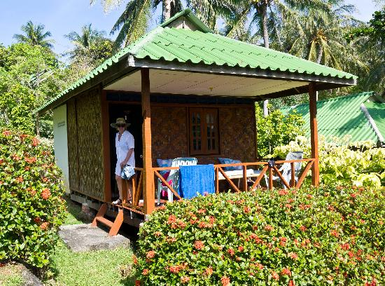 Ko Racha Yai, Thailand: Bungalow outside