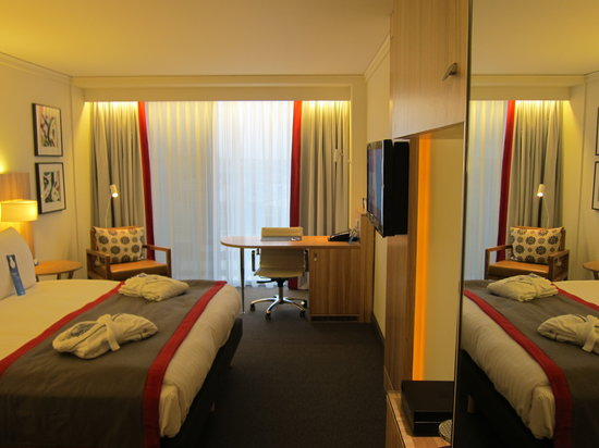 Radisson Blu Waterfront Hotel: Room