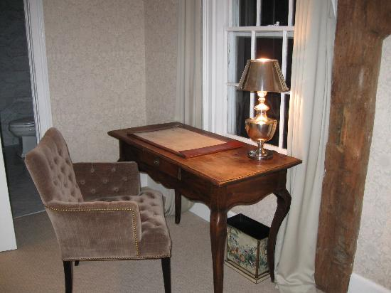 The 1770 House: Room 1 desk