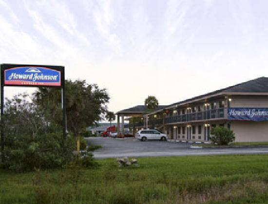 Howard Johnson Vero Beach/I-95: Hotel Exterior