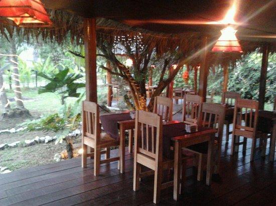 Restaurant Corleone: saloon2