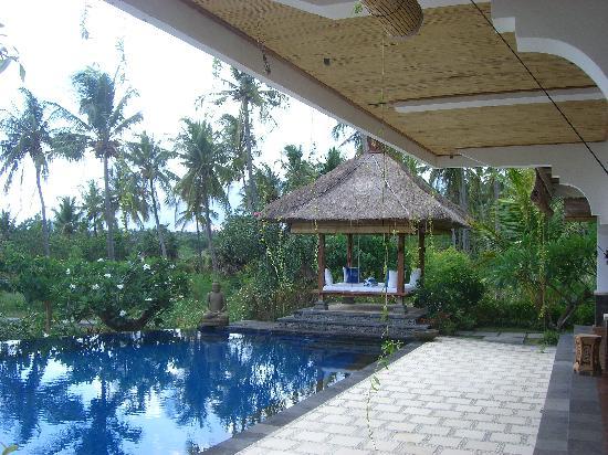 Santi Sari Boutique Hotel: Main Pool
