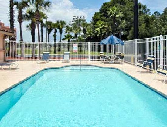 Days Inn Orange Park/Jacksonville: Pool