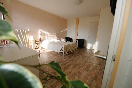 Hotel Le Beauregard : chambre