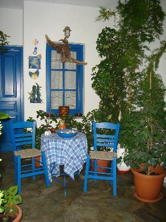 Kithnos, Grekland: Εξωτερικοί χώροι