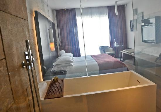 Mamilla Hotel : Our lovely room