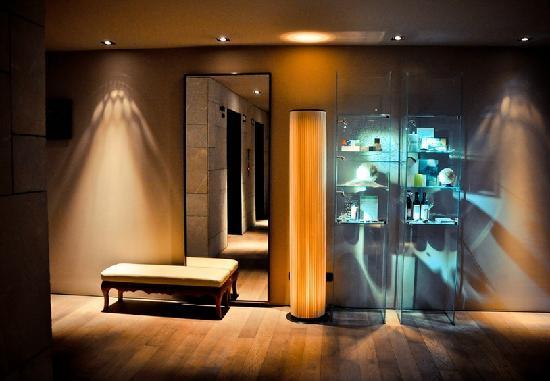 Mamilla Hotel : Elevators