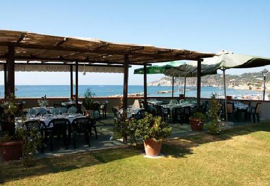 Arco D'Oro Bed & Breakfast: sala ristorante all'aperto