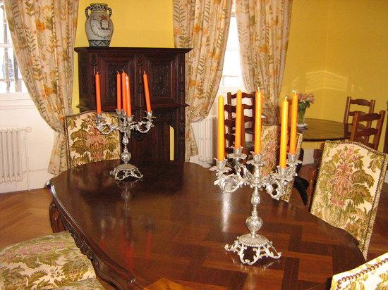 Chambre et Table d'Hote Le Blason: salle a manger