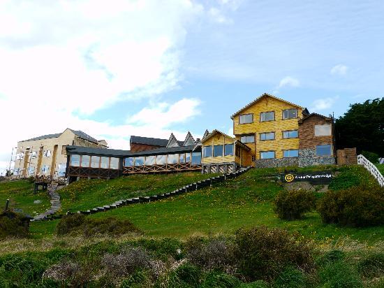 Weskar Patagonian Lodge: Straßenansicht