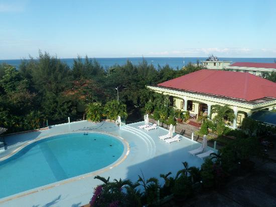 Thien Hai Son Resort: Blick vom Zimmer und Pool