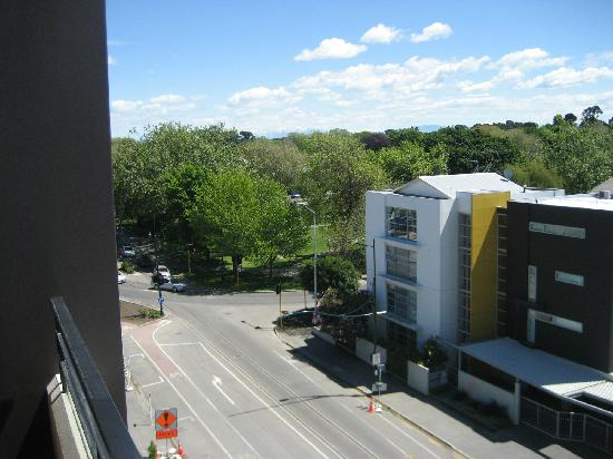 West Fitzroy Apartments: View to park