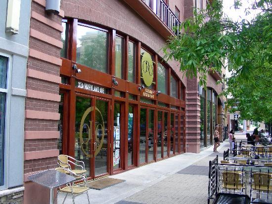 Oro Pomodoro: ingresso ristorante
