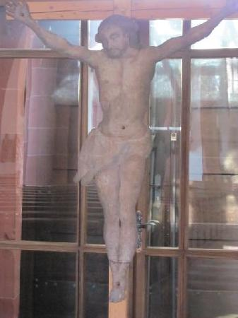 St. Johannes Baptista: iron plate crusifix