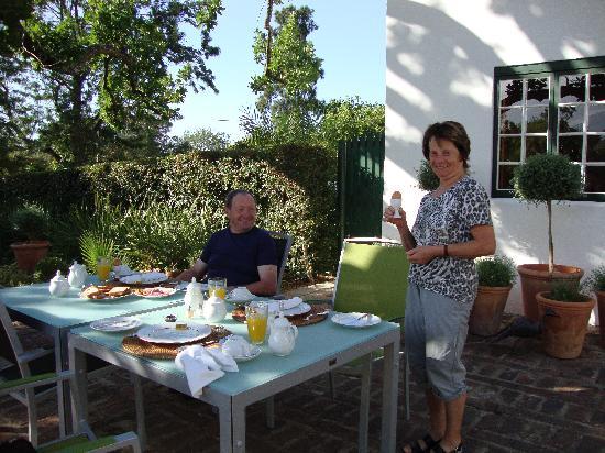 Rothman Manor: Frühstück