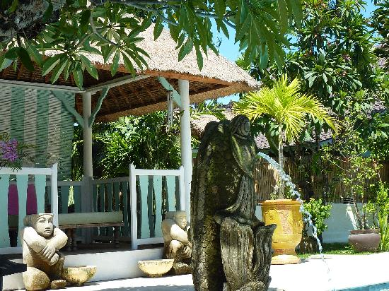 Hotel Puri Tempo Doeloe: View village