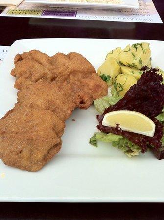 Grasl & Salomon: Wiener Schnitzel vom Kalb, wie es sein sollte.