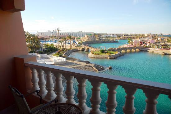Golden 5 Almas Resort: view from balcony