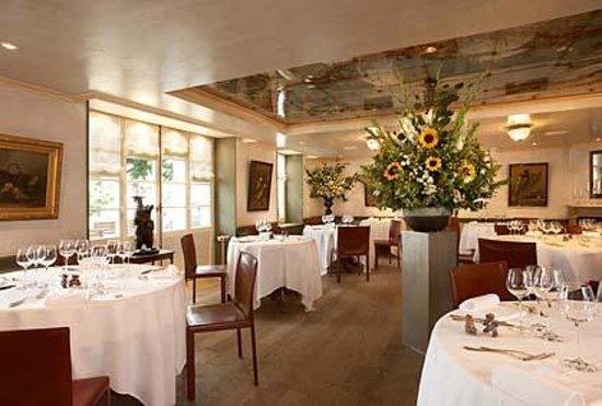 Romantik Hotel de l'Ours: La Salle à Manger