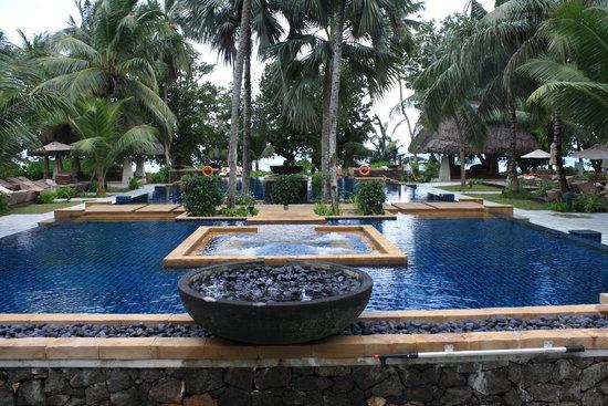 Hilton Seychelles Labriz Resort & Spa : The hotel pool