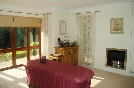 Siam Beauty Therapy: Our new spacious beauty treatment room in Branksome Park