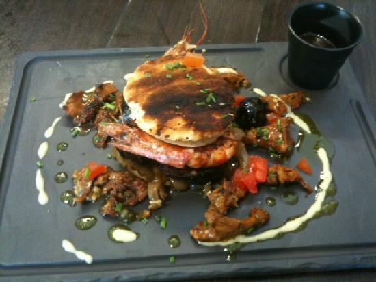 Le Rive Gauche: Hamburger de boudin aux gambas