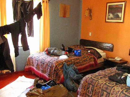 Hospedaje Kuntur Wasi : Une des chambres après une séance de lavage