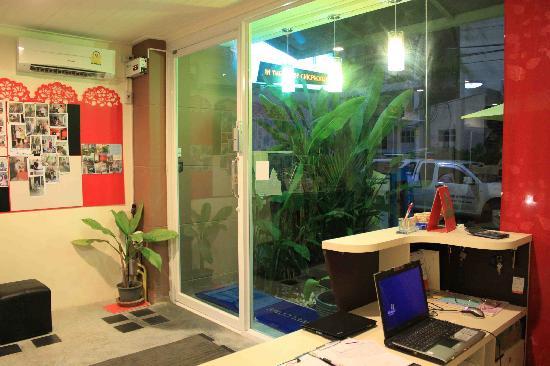 hotel th ananas phuket hostel.no.