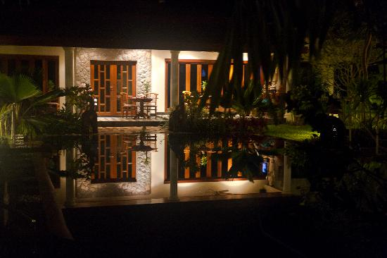 Baan Malinee Bed and Breakfast: Evening Reflections