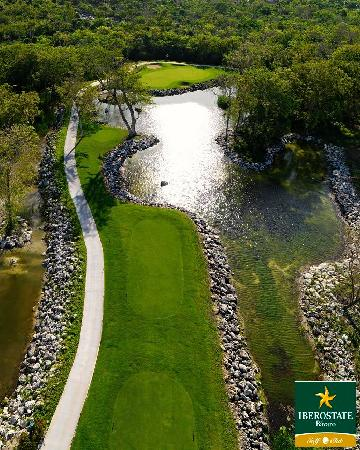 Iberostate Bavaro Golf & Club: Signature Hole 16
