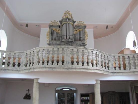 Evangelische St Bartholomaus: organ