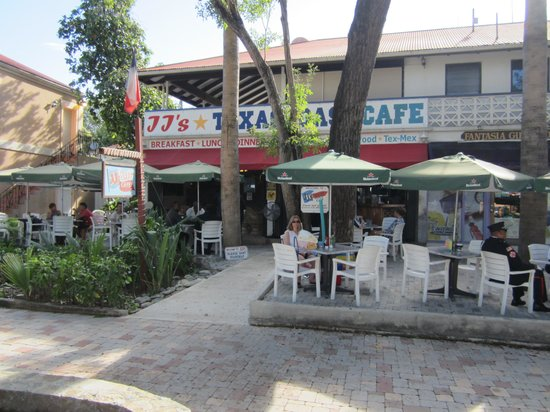 JJ's Texas Coast Cafe: JJ's in Cruz Bay