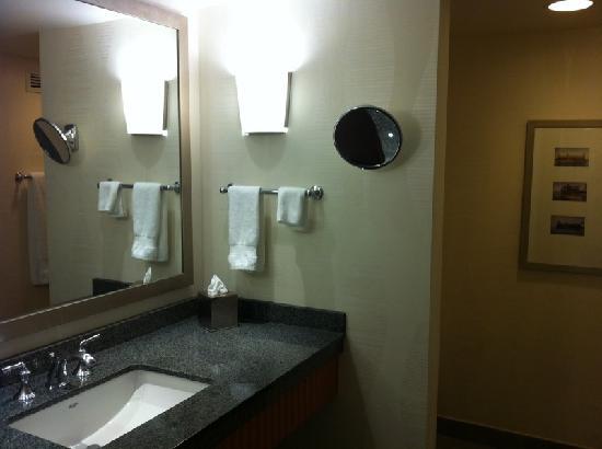 The Marquette: Bathroom