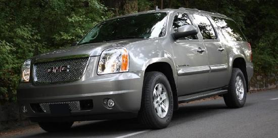 Platinum TownCar Service and Private Tours: 2009 GMC Yukon XL